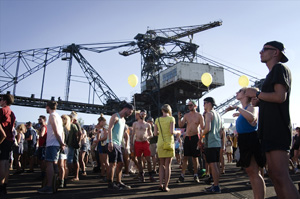 meltfestival2013_crane